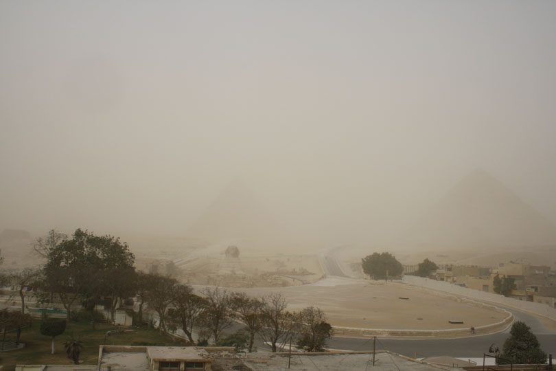 What It's Like to be in a Sandstorm in Egypt